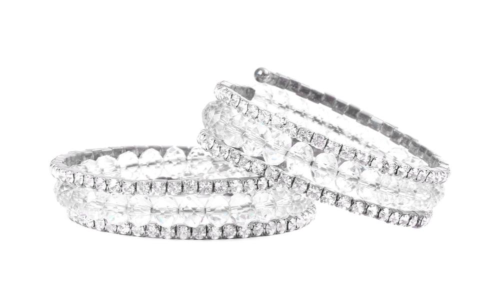結婚後もつけやすい婚約指輪のデザインは?
