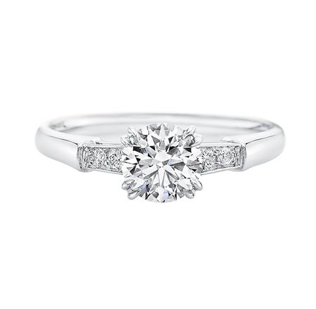 Tryst, Round Brilliant Diamond Engagement Ring (トリスト・リング)