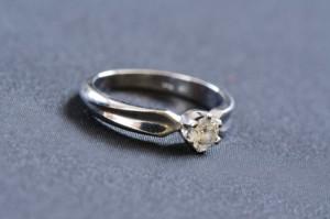 婚約指輪 リーズナブル