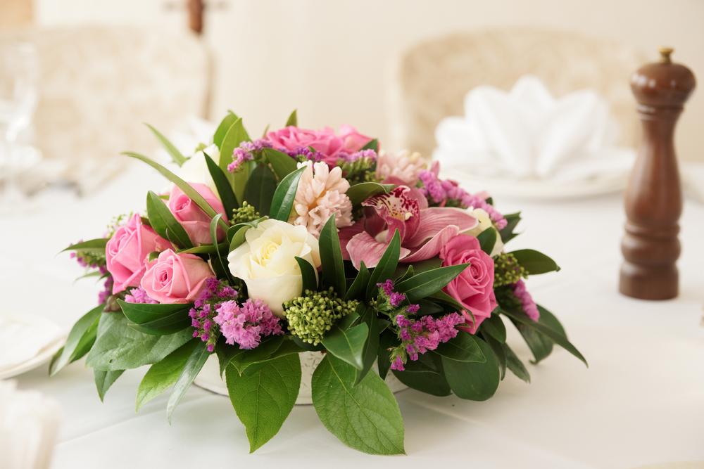 結婚式 装花の金額の相場とデザイン コーディネート事例10選