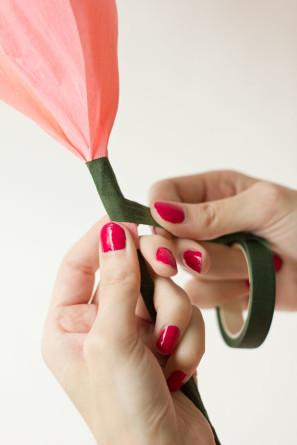 DIY-Crepe-Paper-Roses12-297x445