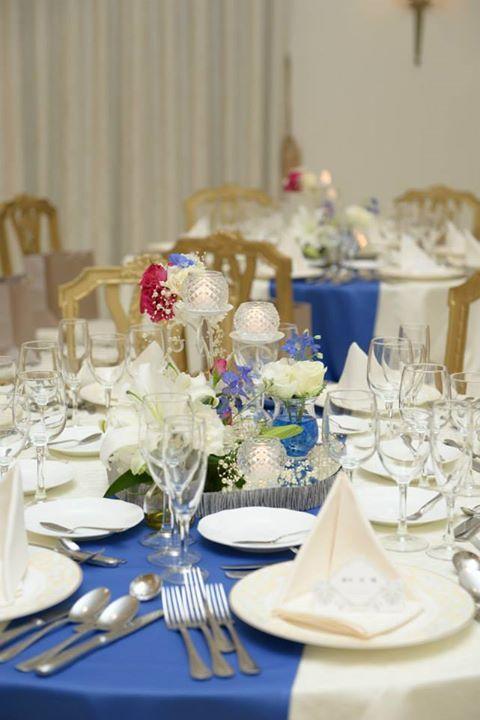 テーブルランナーブルー