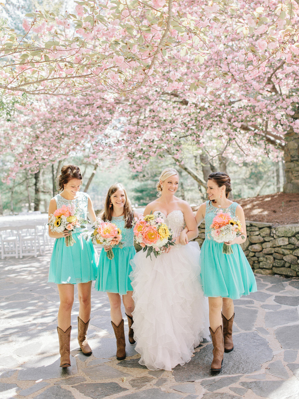 Bridesmaids-in-Cowboy-Boots-600x800