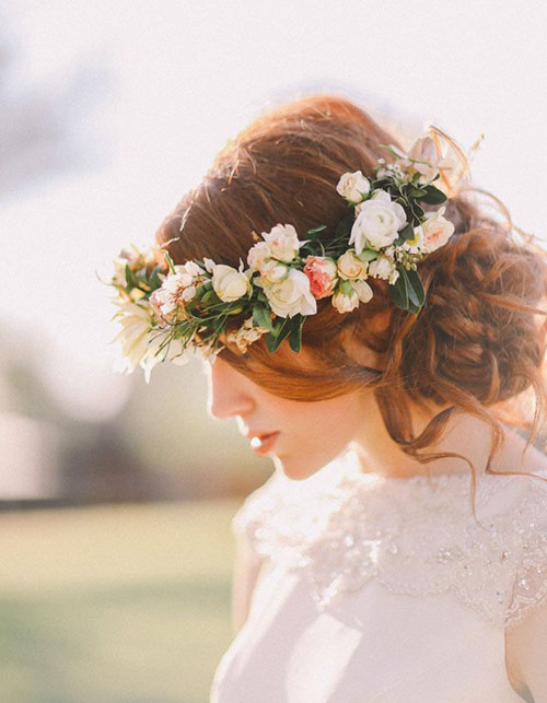Wedding-Hair-Flower-Ideas-5