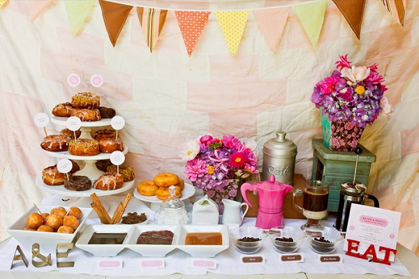 donut-decorating-station-wedding