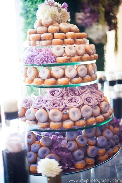 ombre-donut-wedding-cake