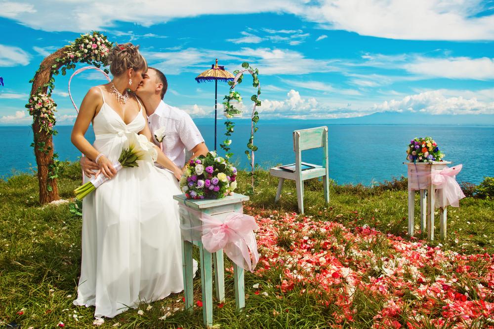 値引き交渉してくれやすい結婚式場とそうでない結婚式場の違いは?