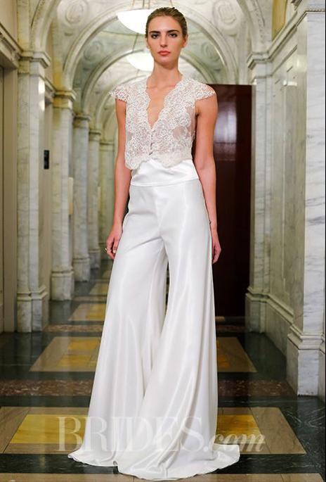 出典:http//www.brides.com/. スカートのウェディングドレス