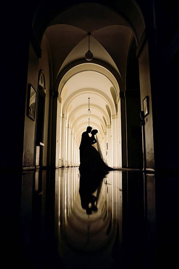 bride-groom-silhouette-reflection