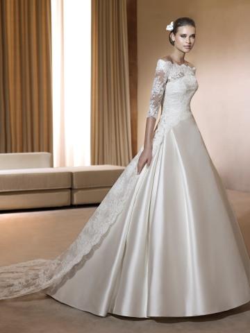 d612a8a1d6dba 人気再燃中!エレガントな花嫁を目指すなら長袖ウェディングドレス