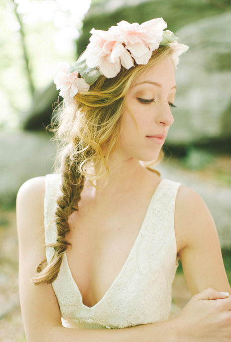 Floral-Wedding-Hairstyles-Michelle-Gardella-photography-02