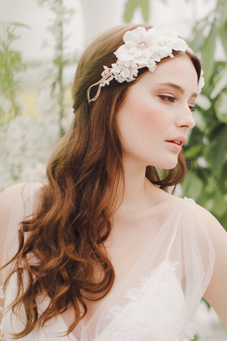 jannie-baltzer-2014-bridal-headpiece-30