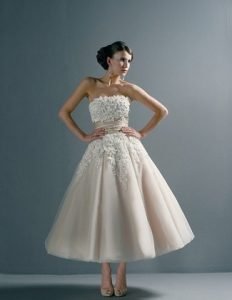 Short-Wedding-Dresses-and-Gowns-17-2