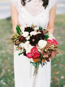 09-whimsical-glam-barn-wedding-hudson-valley-lauren-fair-photography