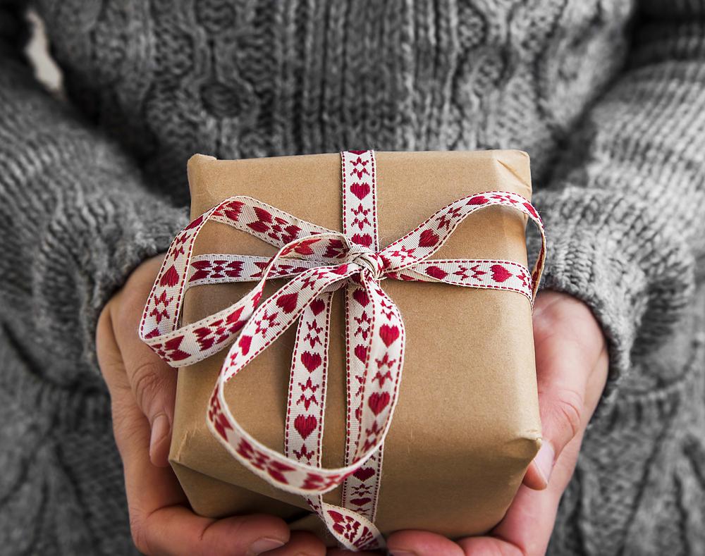 逆プロポーズを成功に導くサプライズやプレゼント