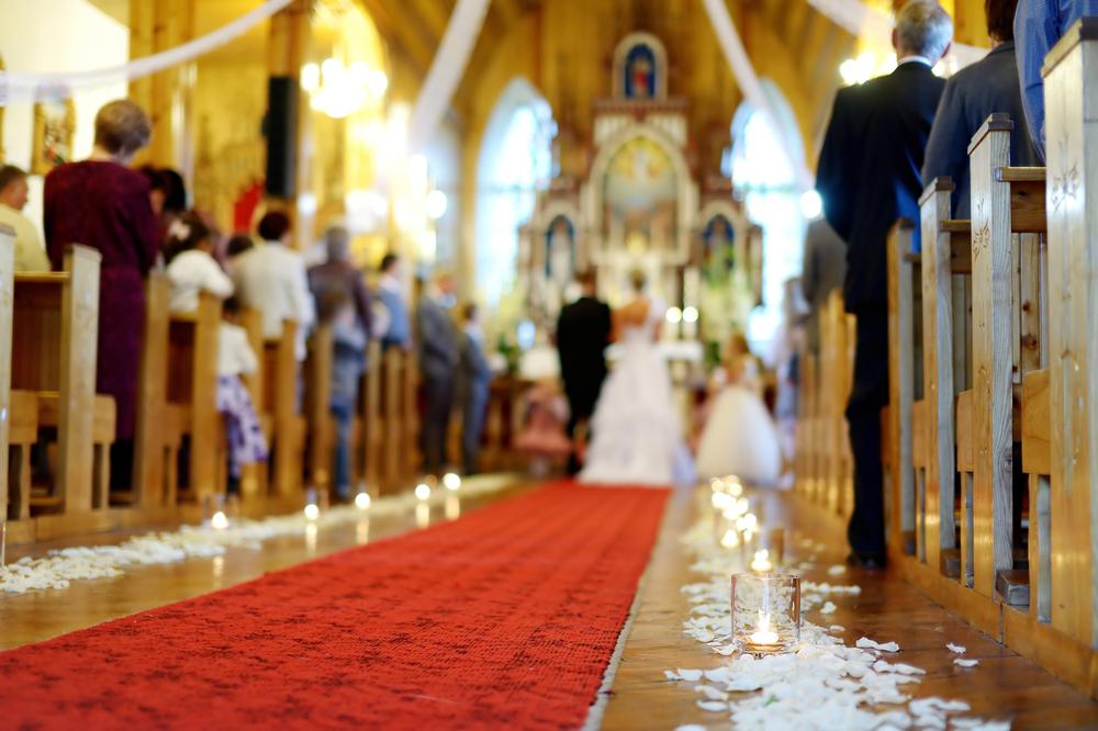 チャペル式または神前式での結婚式の基本的なシチュエーション別マナー集(実例付き)