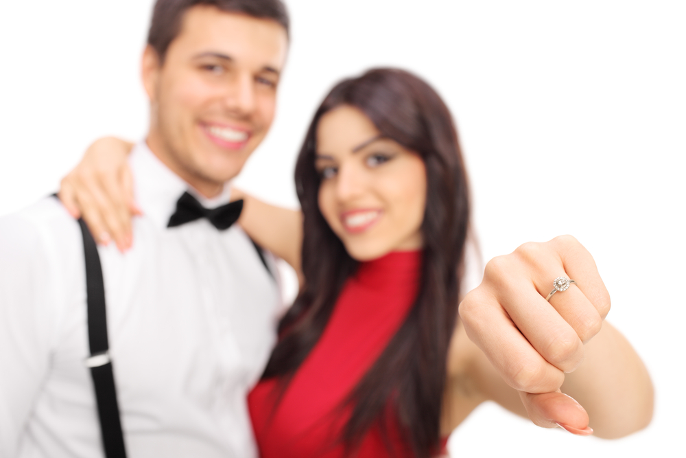 婚約指輪を買う