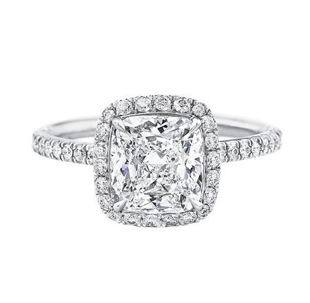 Cushion-Cut Micropavé Diamond Engagement Ring (クッションカット・マイクロパヴェ・リング)