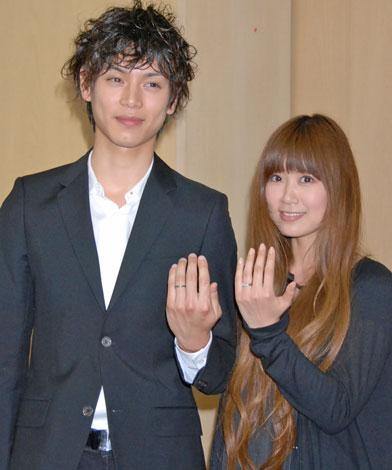 水嶋ヒロさんと絢香さんの結婚指輪として一躍有名に♡