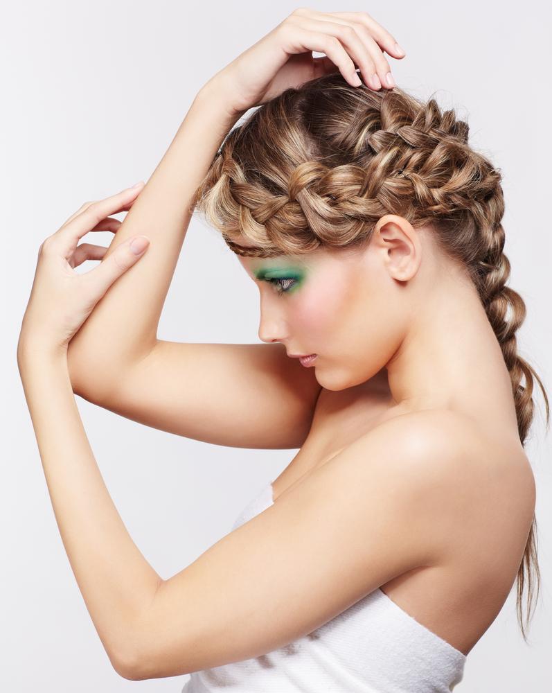 自分でヘアアレンジする方法