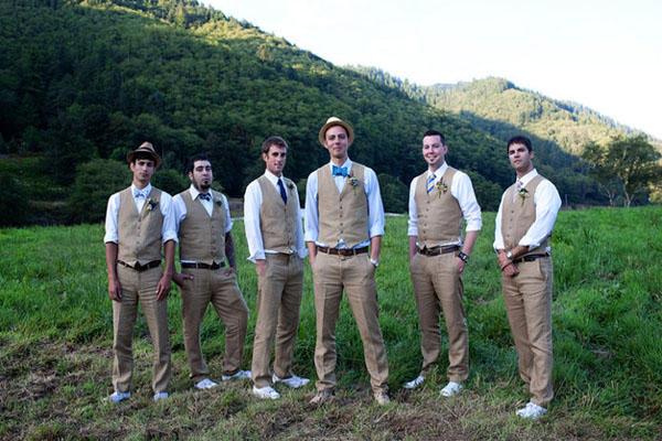 groomsmen-wedding-vests
