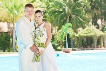 結婚式 演出 プール