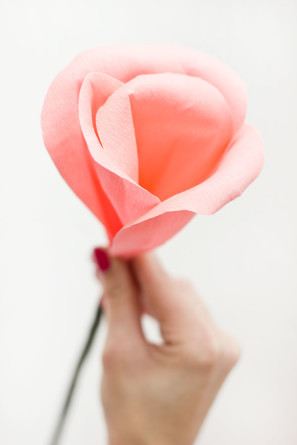 DIY-Crepe-Paper-Rose-Bud-297x445