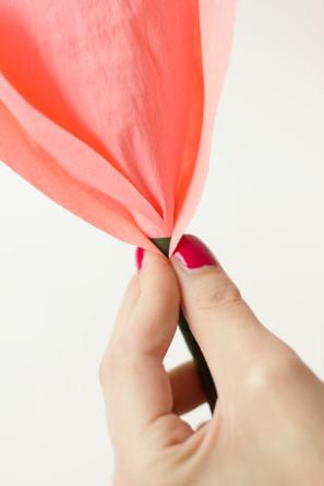 DIY-Crepe-Paper-Roses14-297x445