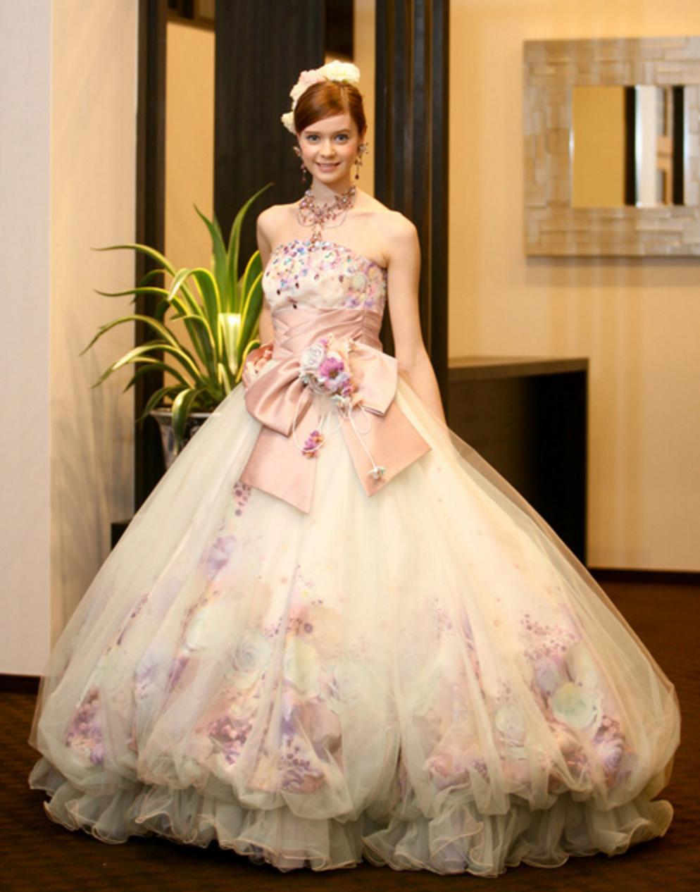 バルーンスカートが可愛い!ブルーグリーンのプリンセスドレス