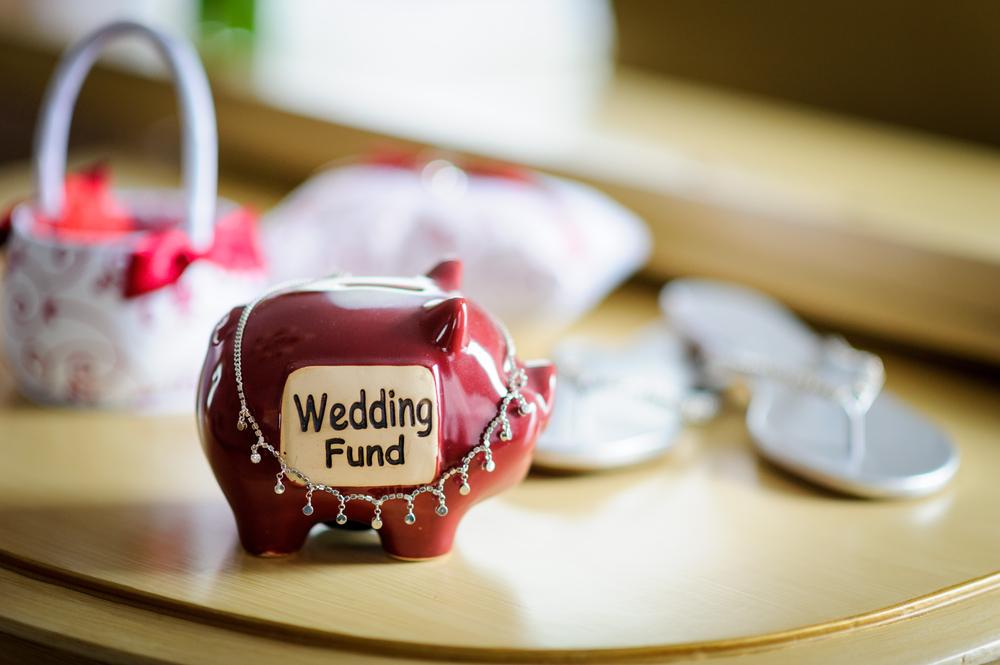 結婚式にかかる費用の相場