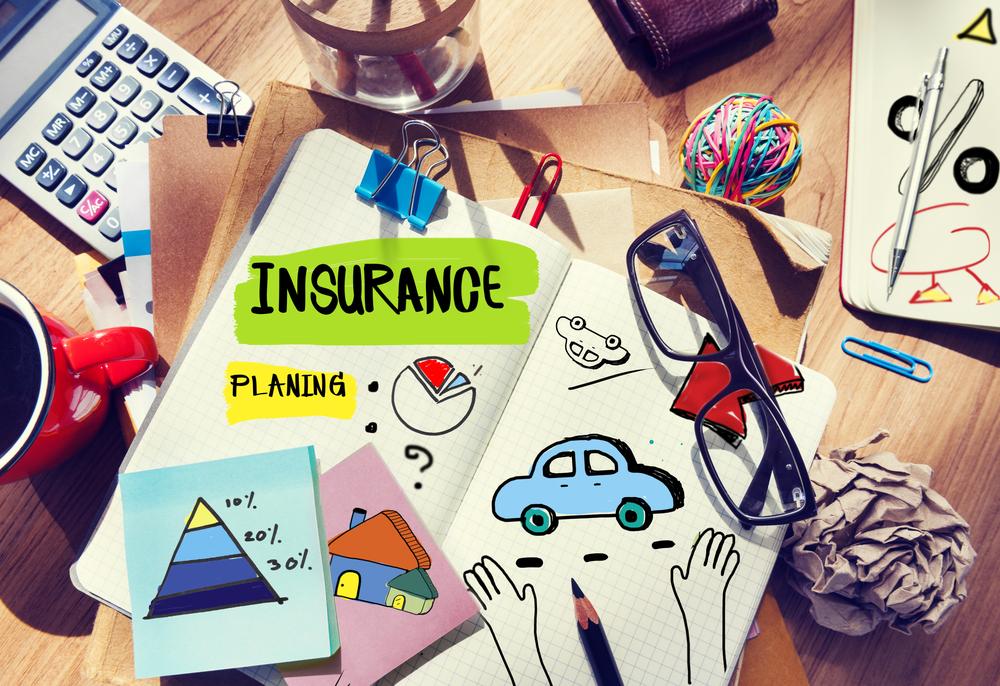 結婚のタイミングでの保険見直しの流れは?