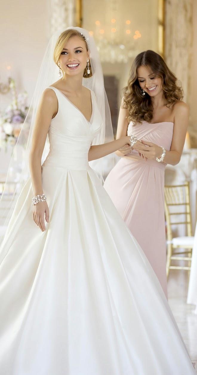wedding-dress-stella-york-spring-2015-5987_main_zoom