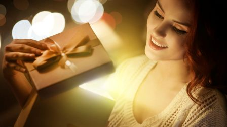 a_lovely_present_happy_lady_gift_excited_hd-wallpaper-1632408