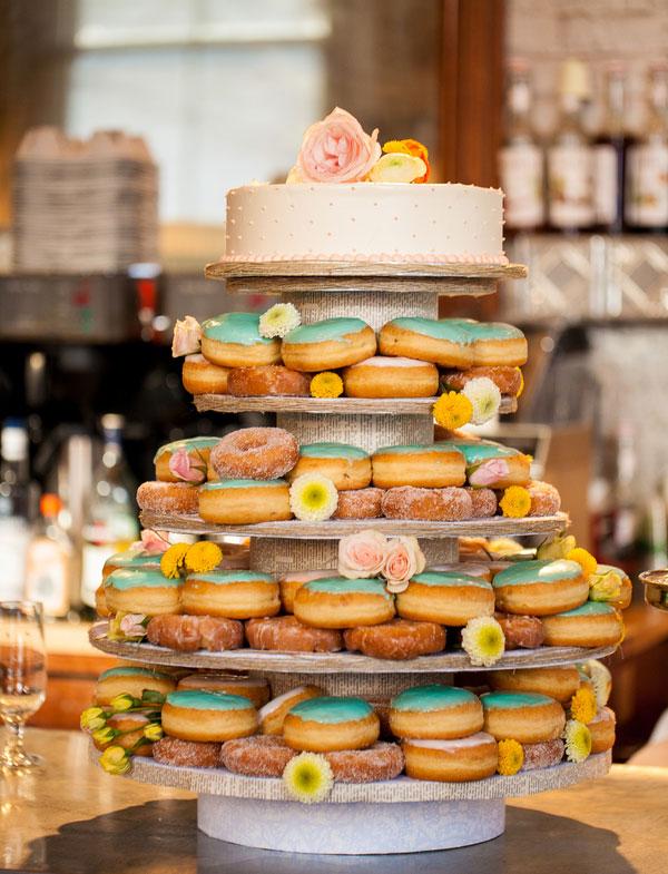 doughnut-tower-wedding-cake