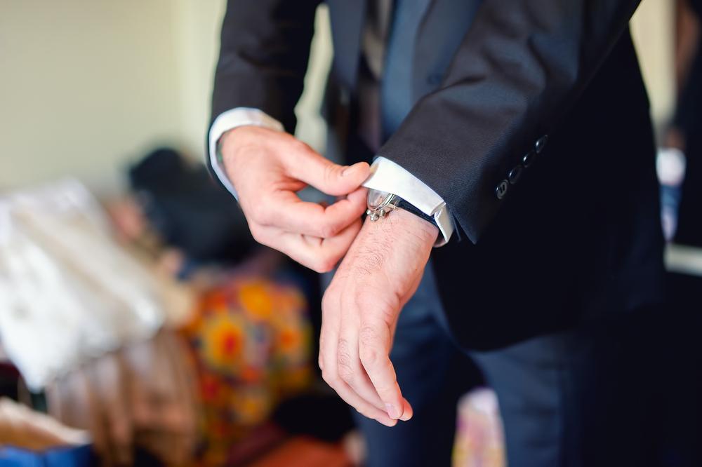 まずはおさえておきたい!結婚の挨拶の場にふさわしくない服装とは?