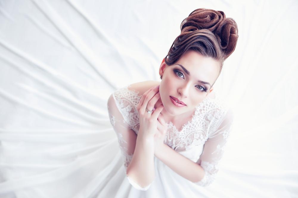 結婚式 芸能人 ドレス