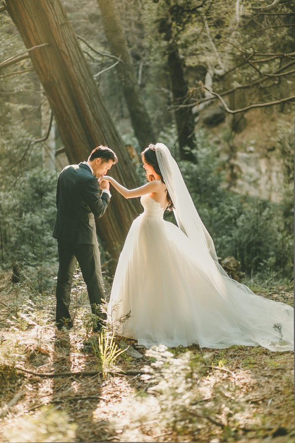 7-enchanting-mountain-bridal-portraits-kristen-booth-photography