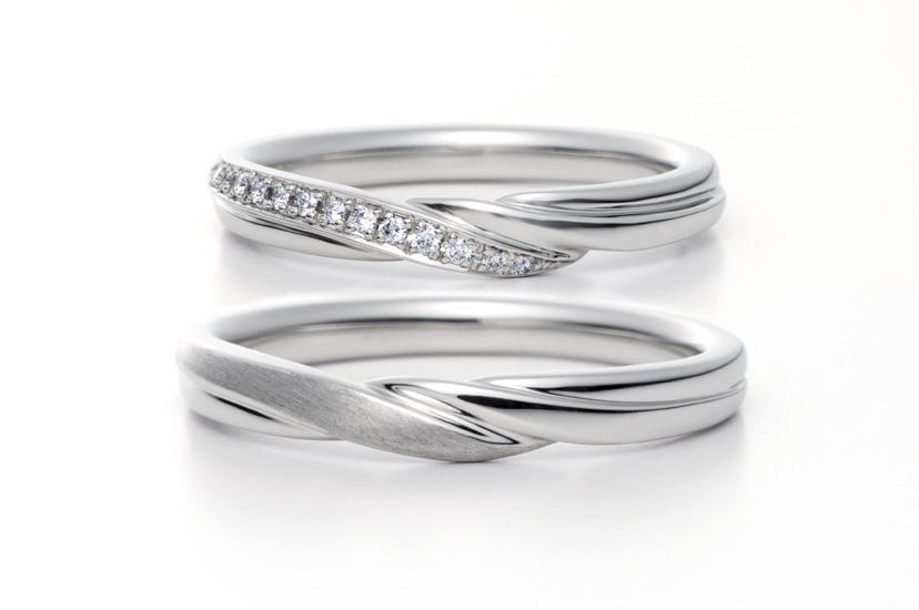 エクセルコダイヤモンドのプラチナ結婚指輪1
