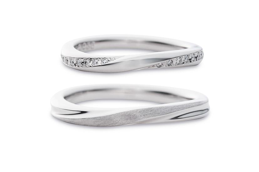 エクセルコダイヤモンドのプラチナ結婚指輪2