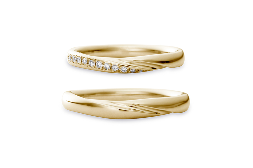 エクセルコダイヤモンドのイエローゴールド結婚指輪3