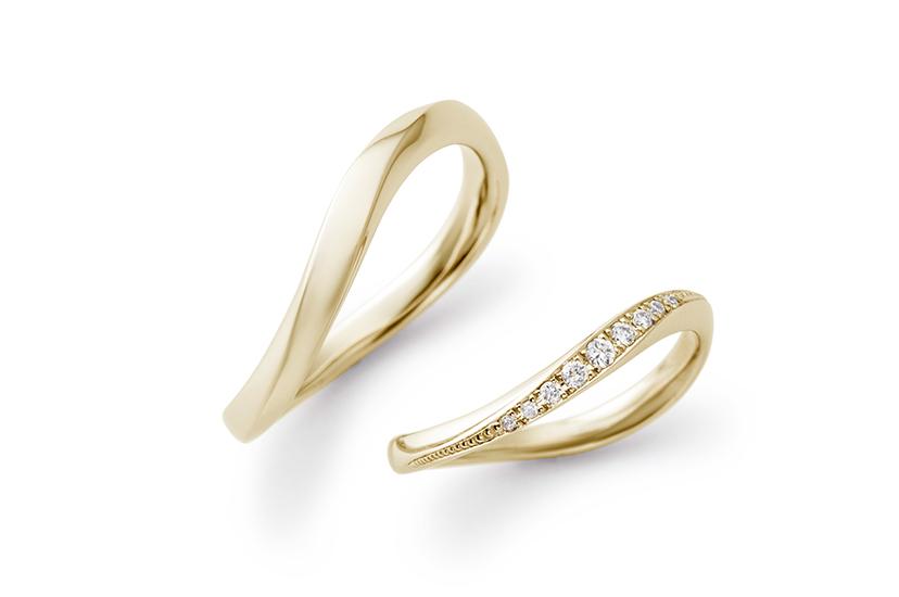エクセルコダイヤモンドのイエローゴールド結婚指輪4