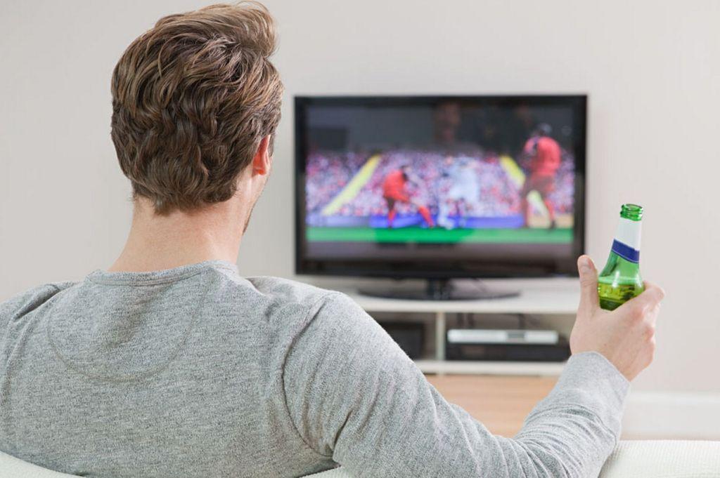 Man-Watching-Football-1024x681