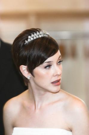 short-wedding-hairstyles-49