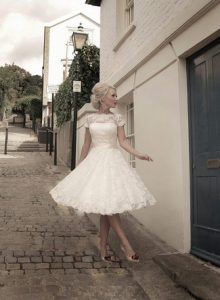 Short-Wedding-Dresses-and-Gowns-02-11