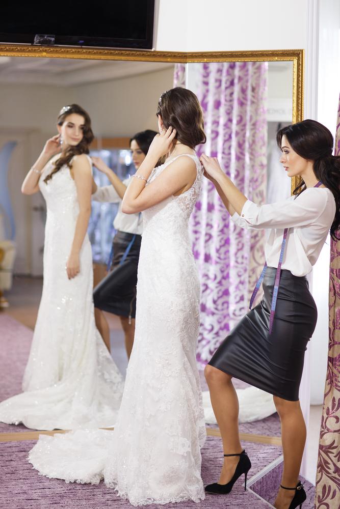 オーダーメイドで自分だけのドレスを作る