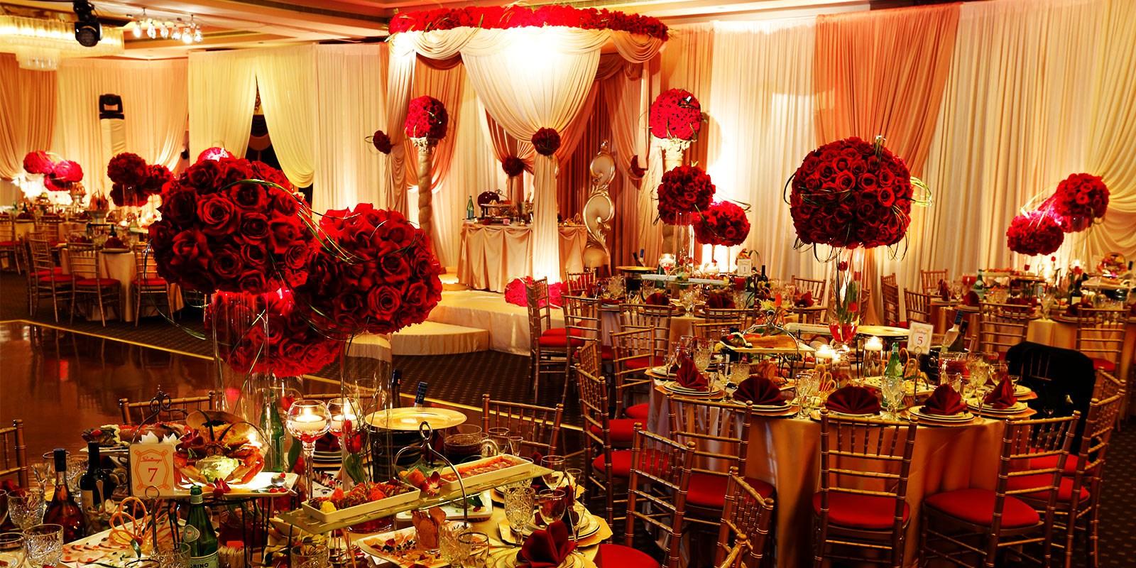 寒い季節の結婚式にオススメな暖色系カラーの使い方