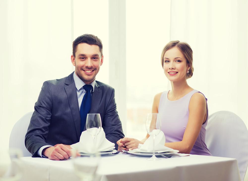 b47fbe2c13b64 当日の流れや服装を網羅! 両家顔合わせ食事会の完全マニュアル