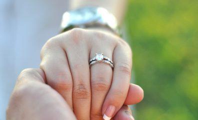 婚約指輪 人気ブランド