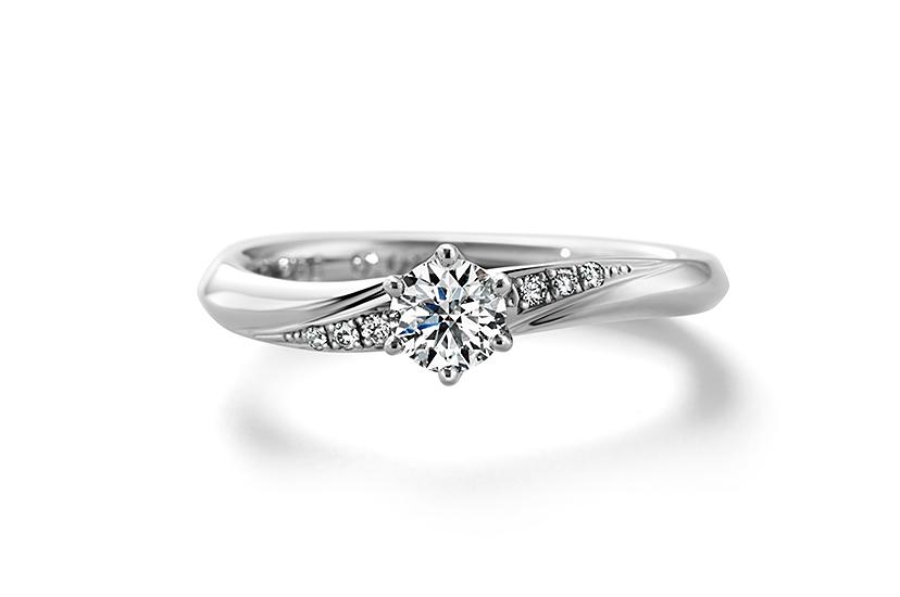 エクセルコ ダイヤモンドのクレア ド ルーン フィーヌ