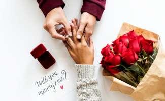 プロポーズ 花束 指輪 順番